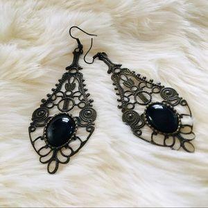 Jewelry - Chandelier Eearings
